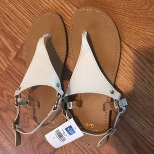 NWT Gap White Sandals